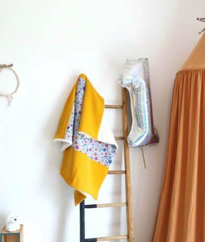 couverture fleurie moutarde bébé clermont fd