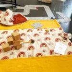 Couverture bébé arc en ciel moutarde clermont fd 2